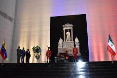 resized_Ofrenda_Floral_Panteon_Nacional_Venezuela-34