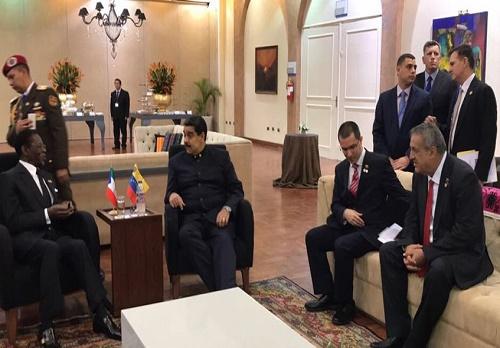 Presidente sostuvo encuentro con el representantes de Guinea Ecuatorial e Irán